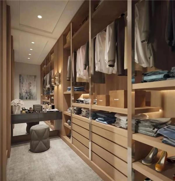 彬城丨一个好衣柜足够惊艳你的家